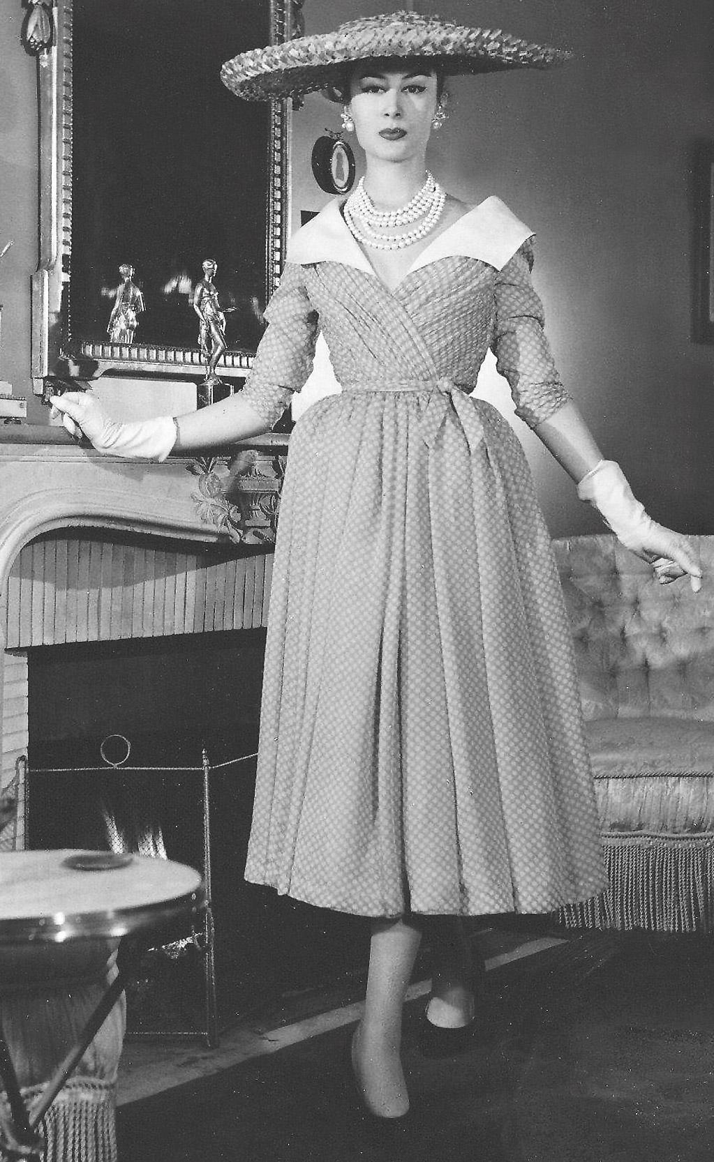 JACQUES FATH Sommer 1952, Mousseline-Kleid mit weißem Linon-Kragen