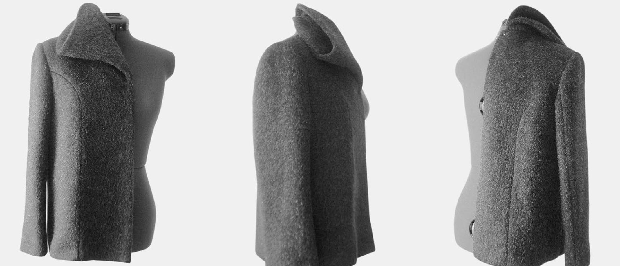Das Foto zeigt den Mantel mit dem doppelten Stehkragen von allen Ansichten.