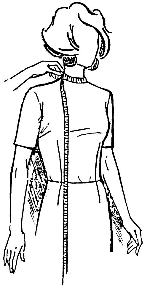 Eine DOB Zeichnung zeigt das Maßnehmen von Halsansatzumfang.