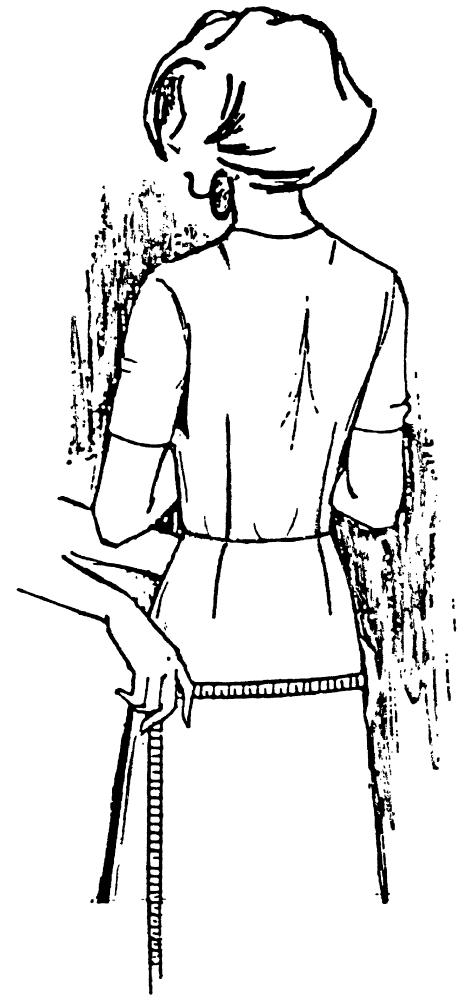 Eine DOB Zeichnung zeigt das Maßnehmen von Hüftmfang.
