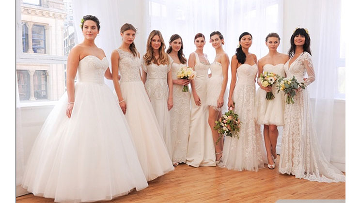 Neun verschiedene Brautkleider von David´s Bridal.